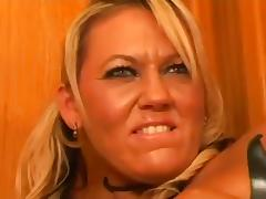 Fucking Stepmommy's Ass tube porn video