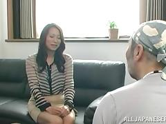 Hot Japanese milf fingered then screwed missionary style tube porn video