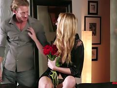 A tall, sexy blonde has an erotic encounter with a guy she just met tube porn video