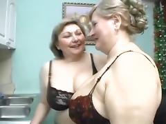 Lesbische Oma tube porn video