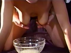 Amateur Milking the nipples tube porn video