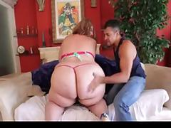 BBW Green sits on his face tube porn video