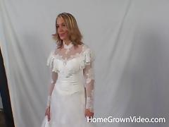 Cheating on her fiance right before the wedding starts tube porn video