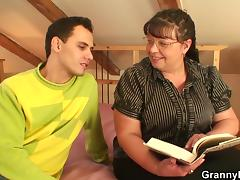 Fat bookworm bitch is picked up for play tube porn video