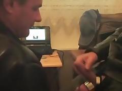 motard suce motocuir66 tube porn video