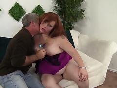 BBW Scarlett Raven gets her fat shaved pussy fucked tube porn video