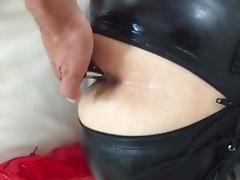 TOPBICHE robebut XXL in ass, latex catsuit... buttplug tube porn video