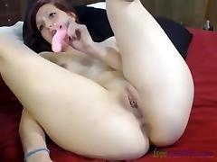 cute shaved girl fingering tube porn video
