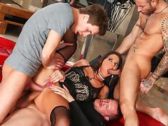 Simony Diamond & Mike Angelo & Markus Dupree & Yanick Shaft in Rocco's Perfect Slaves #05 Movie tube porn video