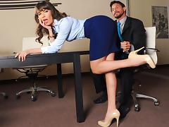 Dana DeArmond & Tommy Gunn  in Flesh - Episode 5 - The Breaking Point tube porn video