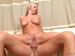 Carolyn Reese Riding A Cock tube porn video