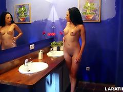 LARA TINELLI Naked in the Hotel tube porn video