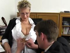 Dreier mit der Buerofotze tube porn video