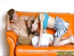 Sexy amateur teen girl tube porn video