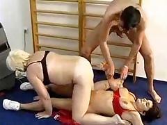 Matures a la salle de gym tube porn video