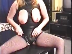 UK MILF masturbates tube porn video