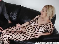 Curvaceous bombshell enjoys riding hard on a massive dick tube porn video