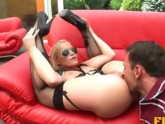 Hot blonde cop seduces him outdoors and they fuck tube porn video