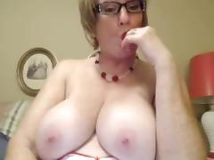 Big Mature clit and boobs tube porn video