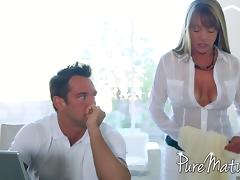 Horny MILF with a sexy body gets fucked by a younger hung guy tube porn video