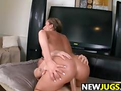 Richelle Ryan Gets Her Fat Pussy fucked tube porn video