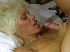 Tom Byron & Busty Retro MILF tube porn video