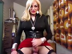 Amateur MILF CD cums tube porn video