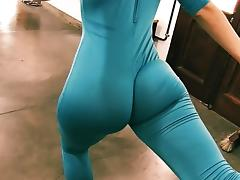 Bubble Butt Tiny Waist Teen Has Big Cameltoe In Lycra Bodysu tube porn video