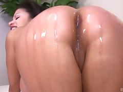 Raunchy Alexis Silver gets her wet muff hammered with a BBC tube porn video