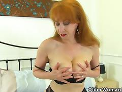 British milf Red puts her vibrator to work tube porn video