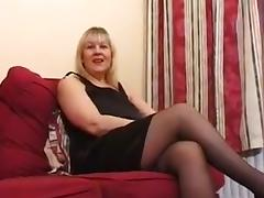 British amateur milf toni - 1 tube porn video