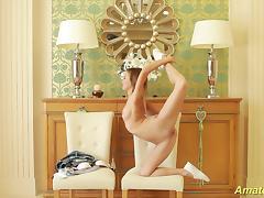 flexible skinny teen gymnast tube porn video