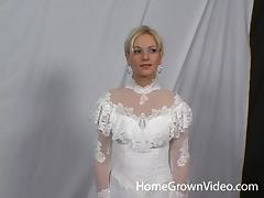 Cute babe in a wedding dress spreads her legs for a nice fuck tube porn video