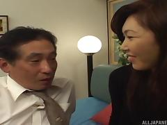 Horny Asian MILF opens her legs for an experienced hunk's love tool tube porn video