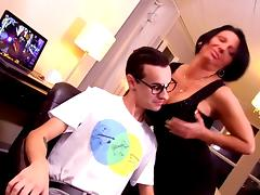 Cougar and her nerd lover tube porn video