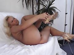 Ich liebe Nylons und Struempfe tube porn video