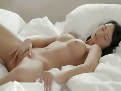 Brunette babe posing pussy in whtie tube porn video