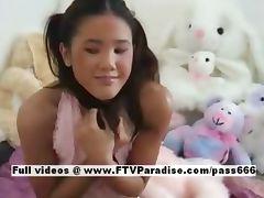 Tammy lovely amateur brunette woman posing tube porn video