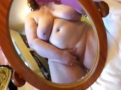 BBW cumming on phone cam tube porn video