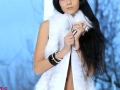 Killer darkhair babe in white heels tube porn video