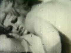 Hot Sex Before Going to Sleep 1940 tube porn video