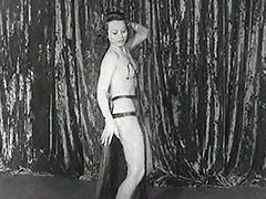 Pretty Sexy Babe Dances Seductively 1930 tube porn video