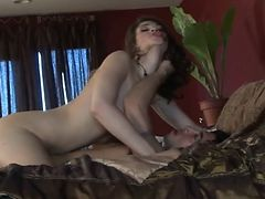 Brunette girlfriend fucked hard and rough tube porn video