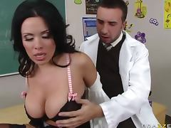 Curvy Sienna West takes big bone tube porn video