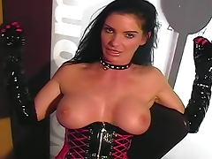 Kinky Carmen masturbates pussy in boots tube porn video