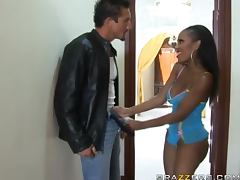 Gorgeous ebony babe Lacey DuValle sucks Tommy Gunn's dick before riding tube porn video