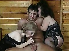 Bizarre Threesome With Two Mature Lesbian Midgets In Sexy Lingerie tube porn video