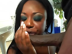 Voluptuous black girl filled with meat tube porn video