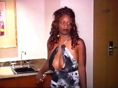 Sexy ebony bitch gets snatch ravaged tube porn video