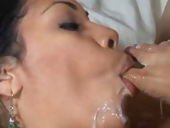 Cassandra Cruz footjob and blowjob cum on toes tube porn video